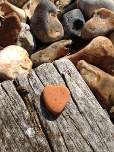 Heart pebble