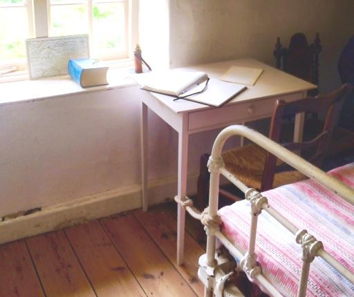 hardy - writing room
